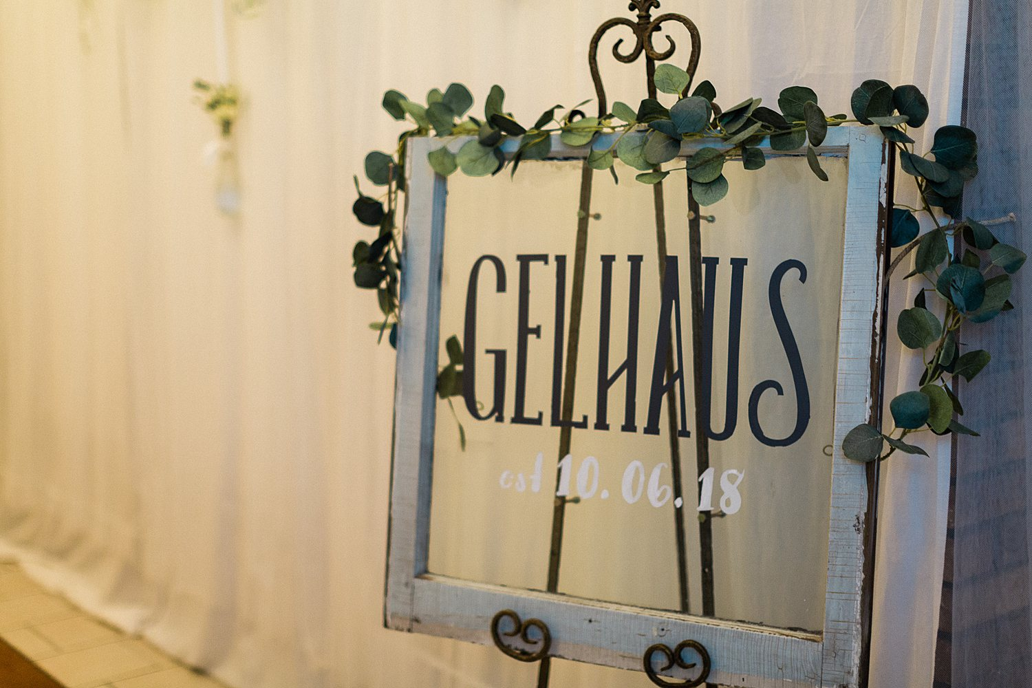 North_Central_Wisconsin_Event_Wedding_Venues_Fall_Weddings_The_Bailiwick_Venue_James-Stokes-Photography077.jpg