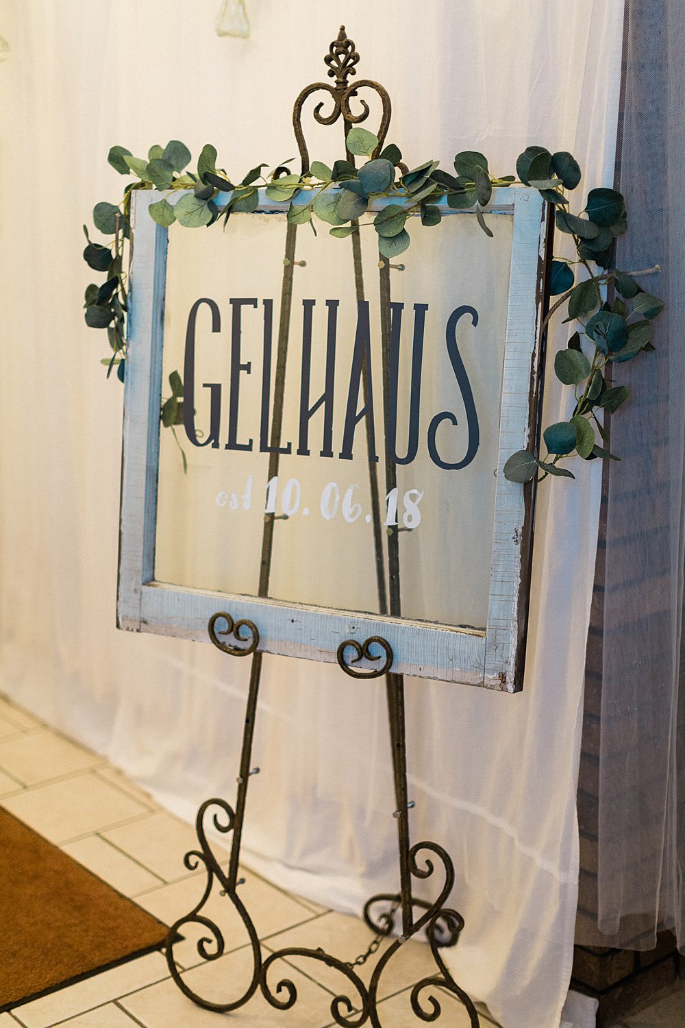 North_Central_Wisconsin_Event_Wedding_Venues_Fall_Weddings_The_Bailiwick_Venue_James-Stokes-Photography078.jpg