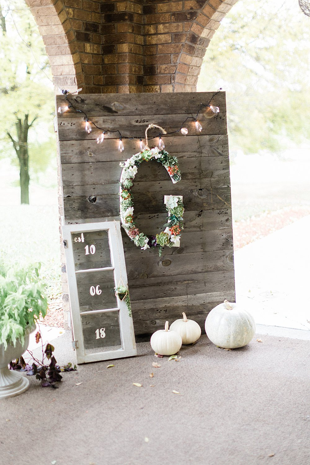 North_Central_Wisconsin_Event_Wedding_Venues_Fall_Weddings_The_Bailiwick_Venue_James-Stokes-Photography085.jpg