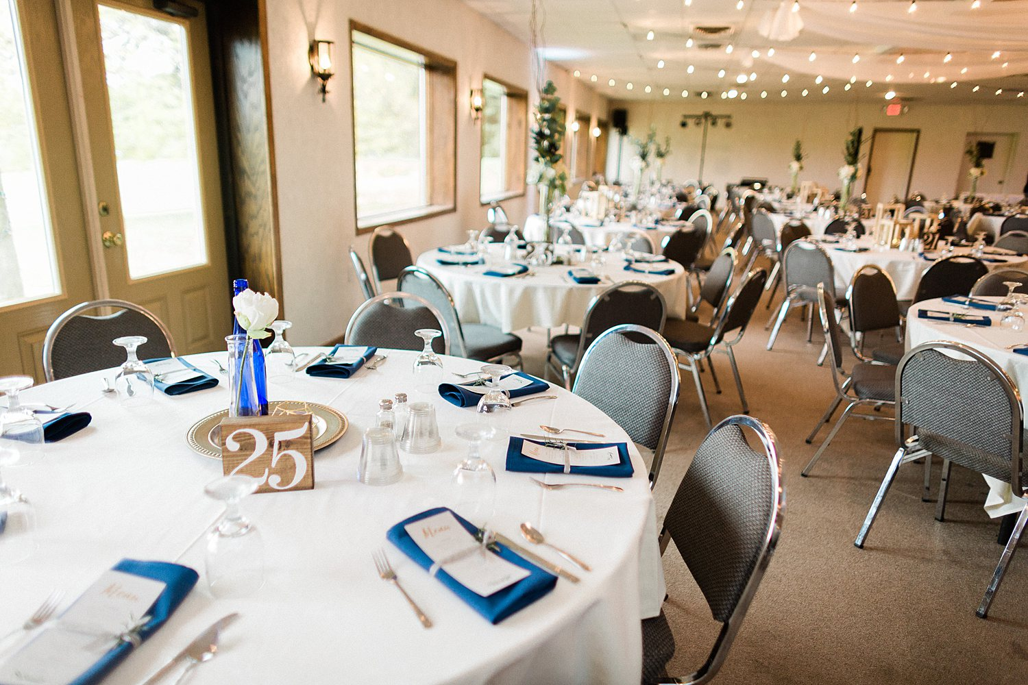 North_Central_Wisconsin_Event_Wedding_Venues_Fall_Weddings_The_Bailiwick_Venue_James-Stokes-Photography090.jpg