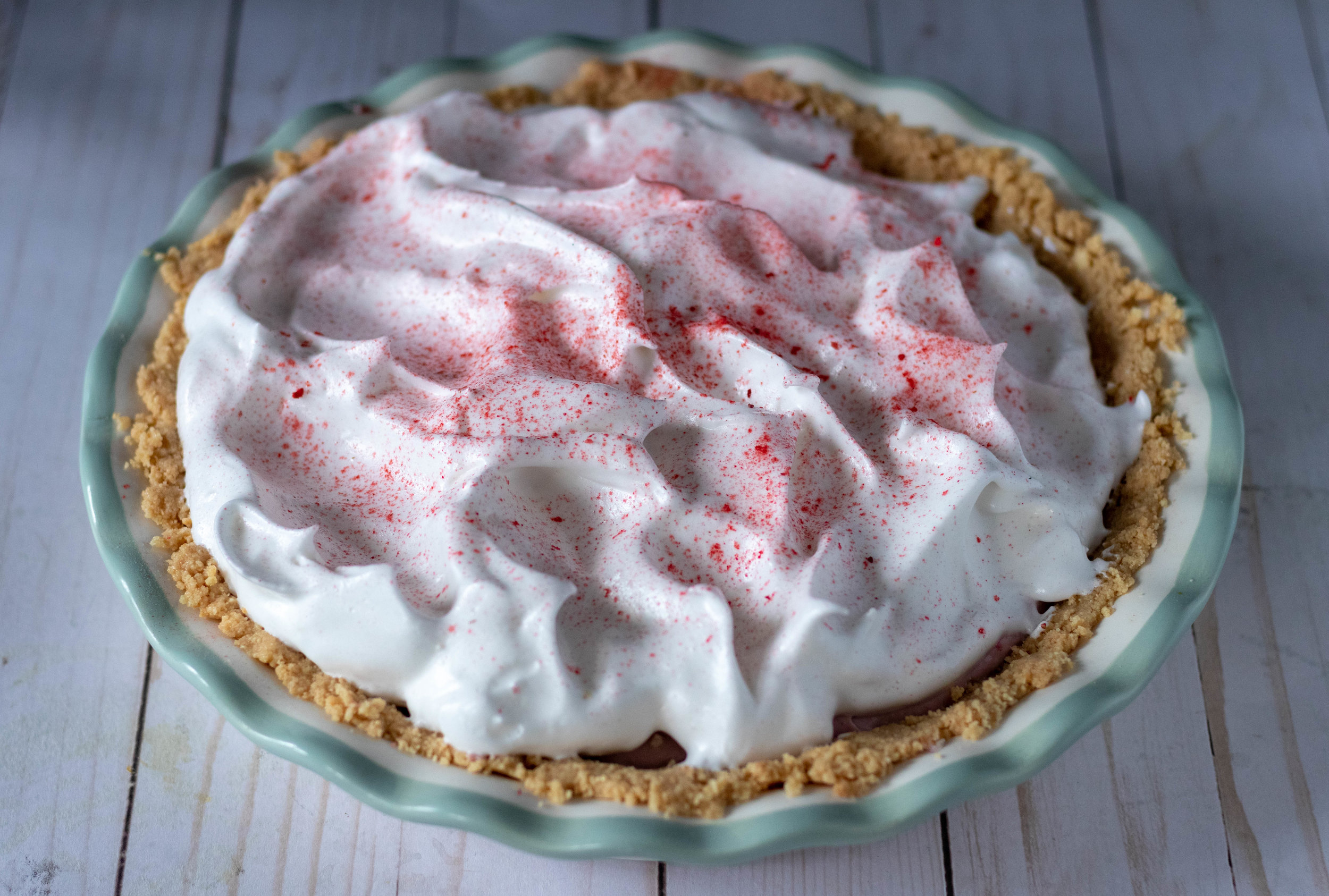 no-bake-vegan-strawberry-cream-pie-whole.jpg