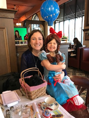 BloomBright Founder, Cara, and her daughter