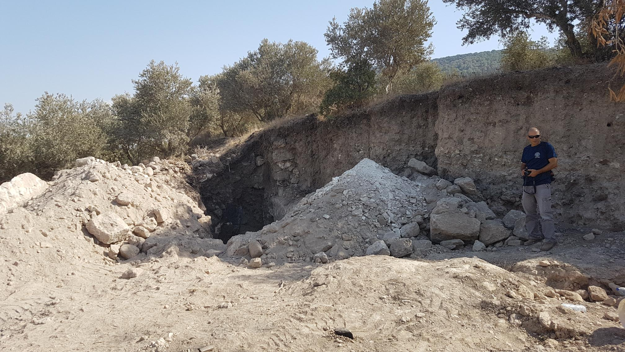 Destruction caused by looters using a JCB in Khirbet Dvora.