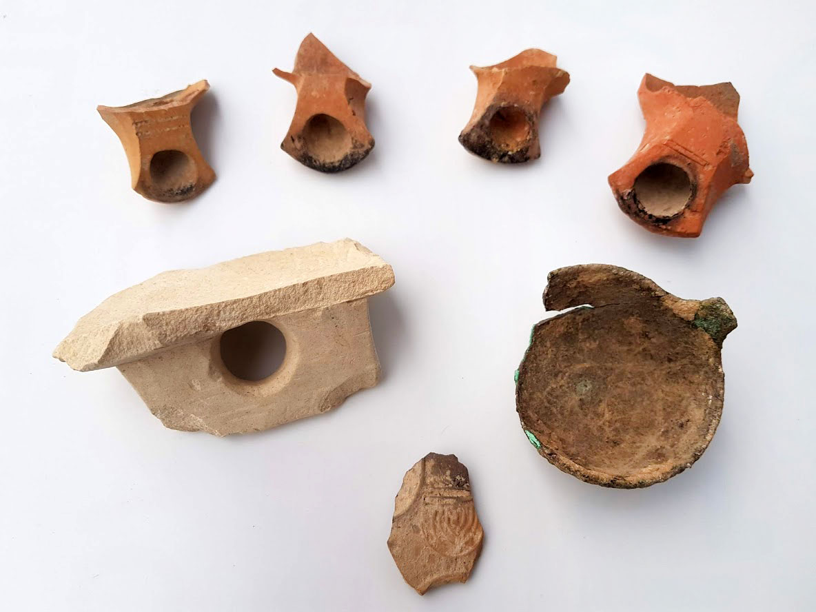 Typical Jewish vessels uncovered in the excavation.
