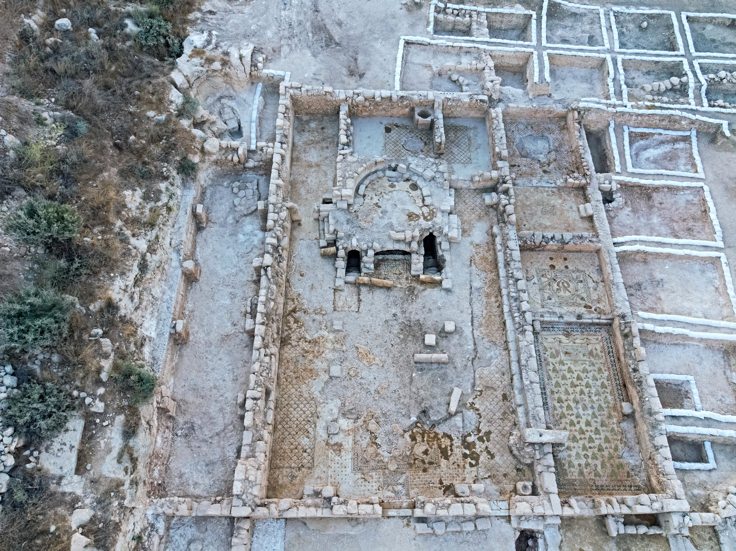 The church complex exposed at Ramat Beit Shemesh. Photo: Assaf Peretz, Courtesy of the Israel Antiquities Authority.