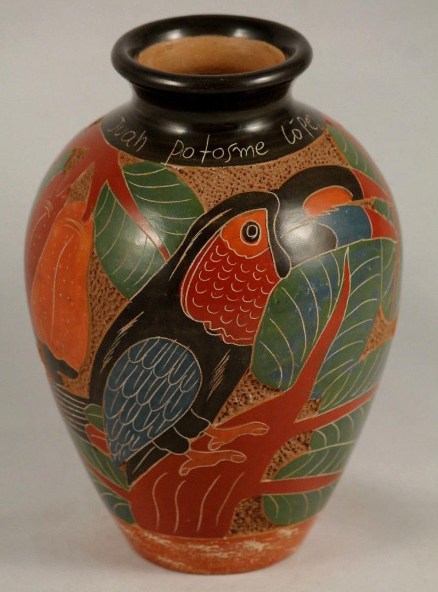 south-american-nicaragua-ceramic-pottery-hand-made-painted-folk-art-signed-ce8fe1ecd7e60a522c620bc02147b86d.jpg