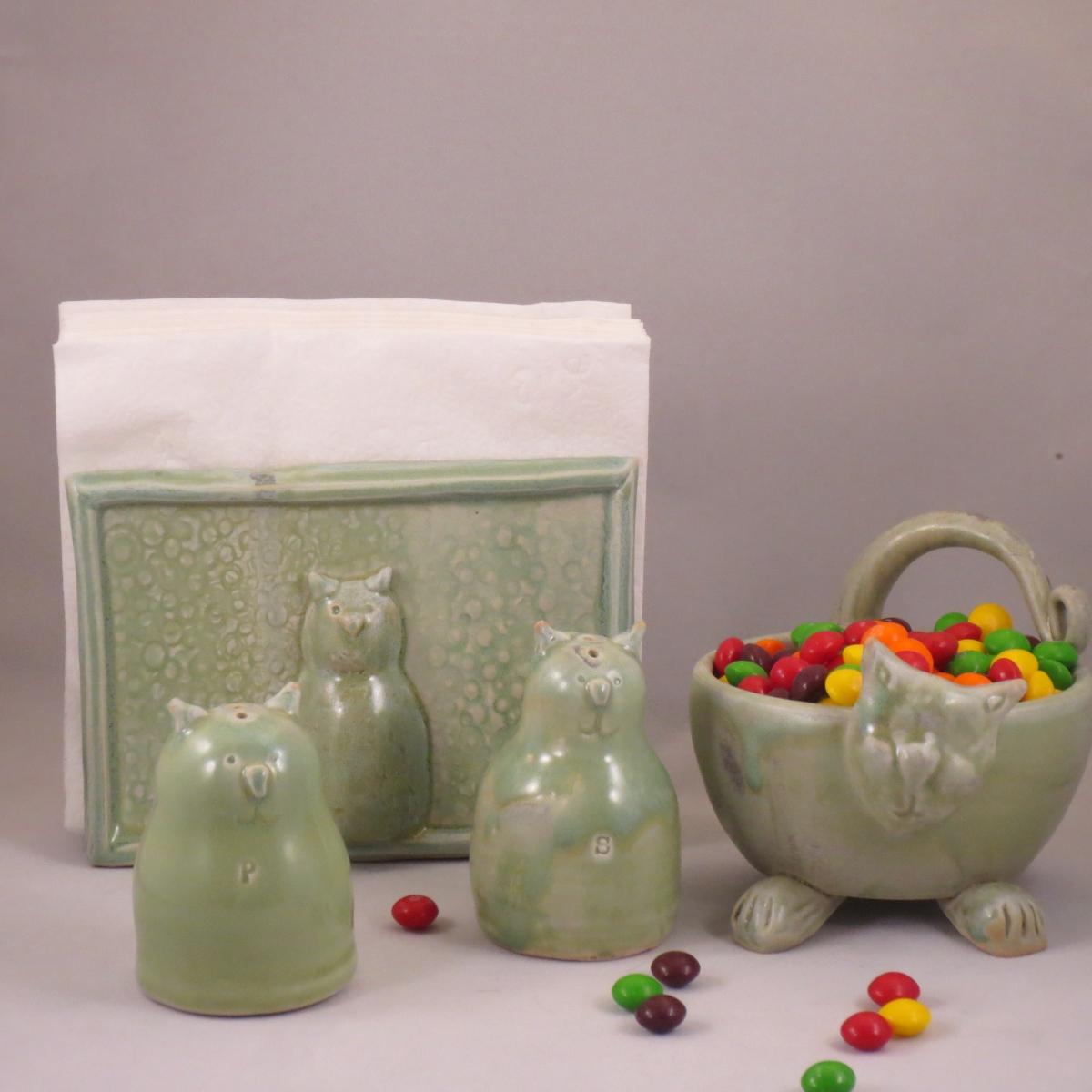 green cats.jpg