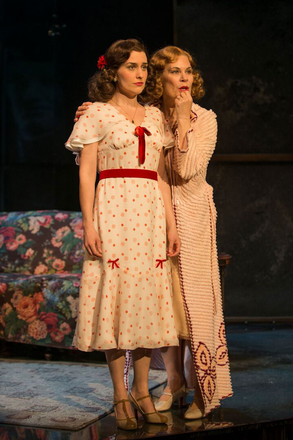 The Glass Menagerie/   Milwaukee Repertory Theatre  Photo by Michael Brosilow