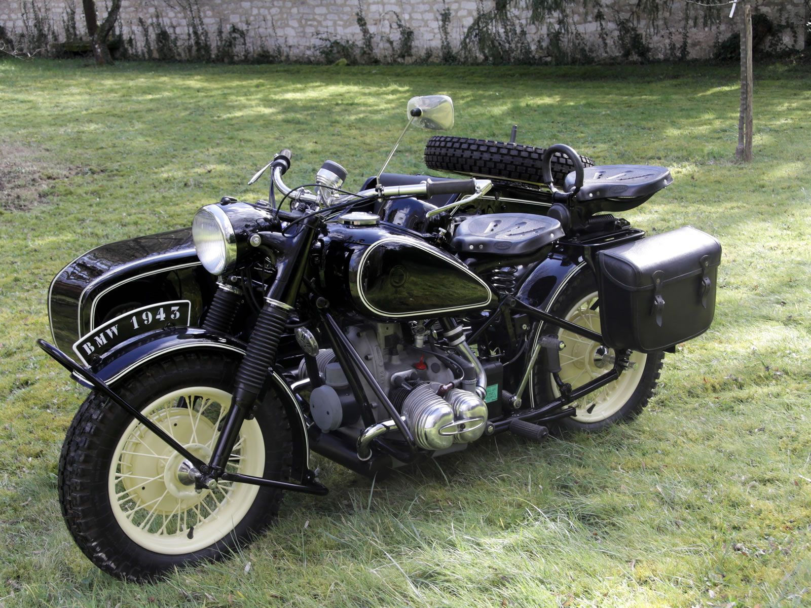 Photo_big_Bmw_R75-wh_1943_4404_2.jpg