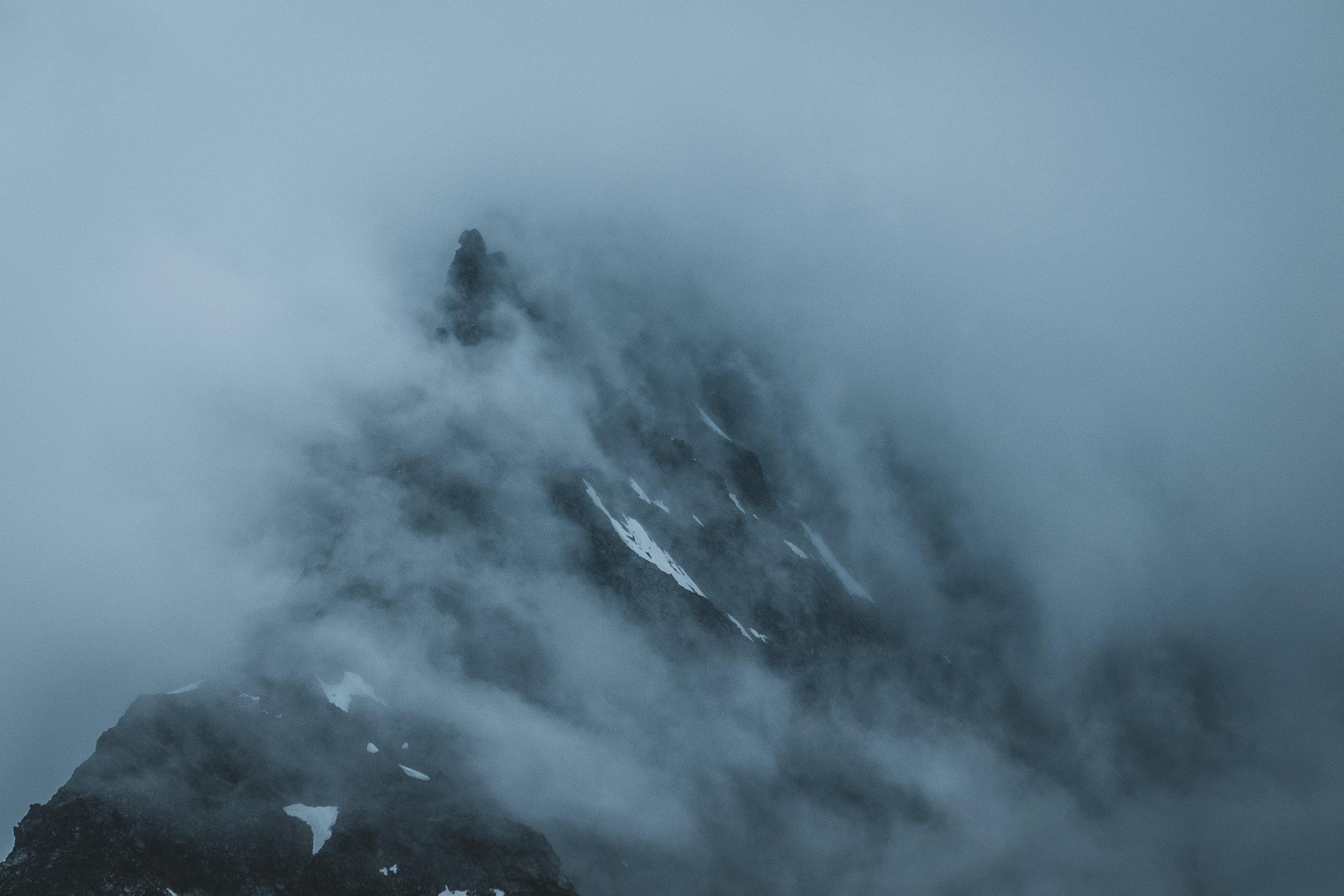 Silvrettahorn im Nebel