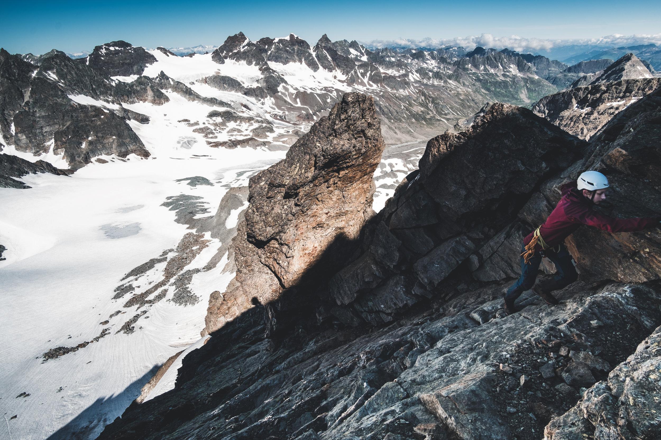 Kletterei zum Gipfel