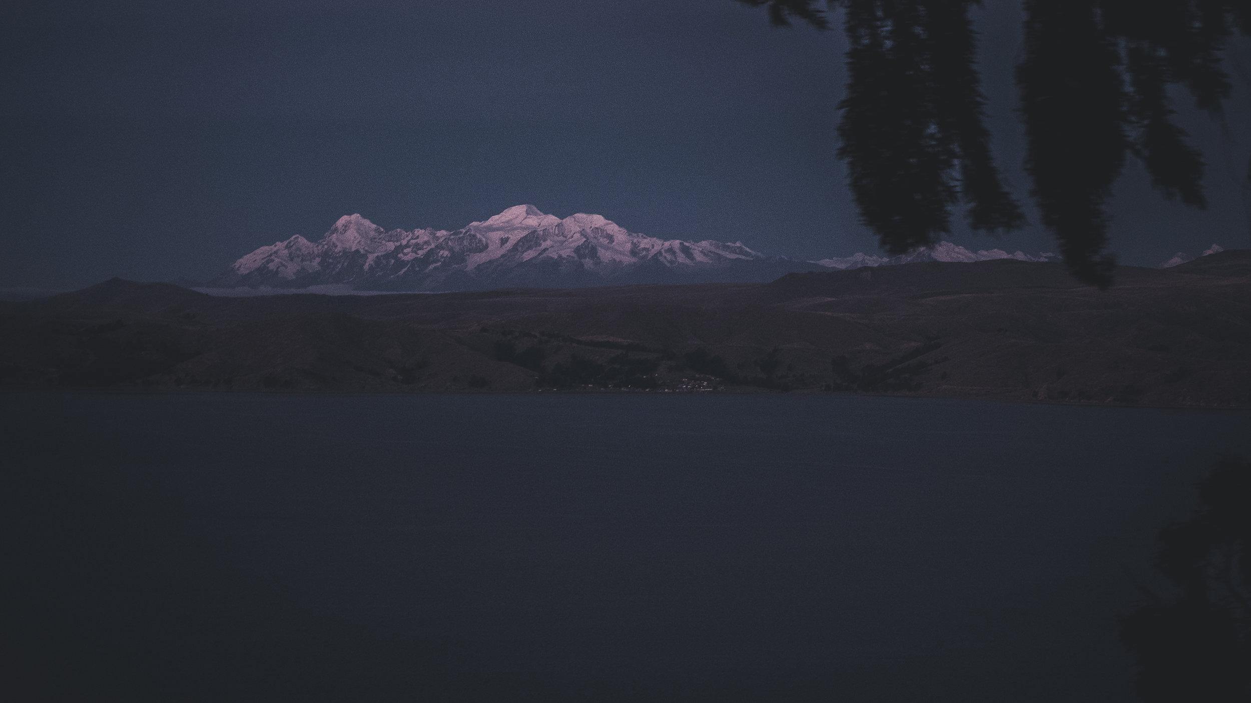 Cordillera Real in blue hour | Titicaca lake