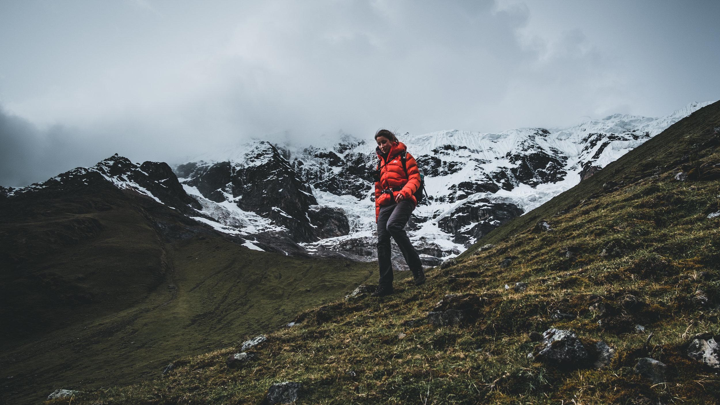 Hike in front of 6000 m peaks | Cordillera Vilcabamba