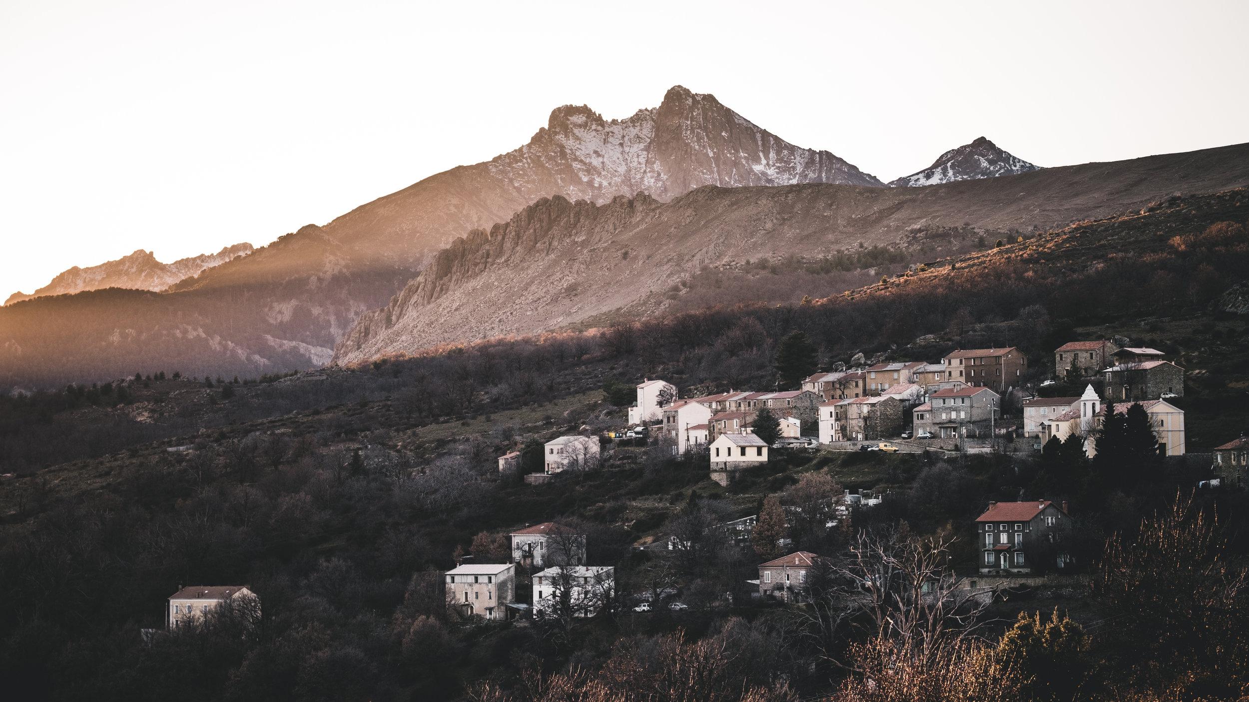 Sunset over the village Lozzi