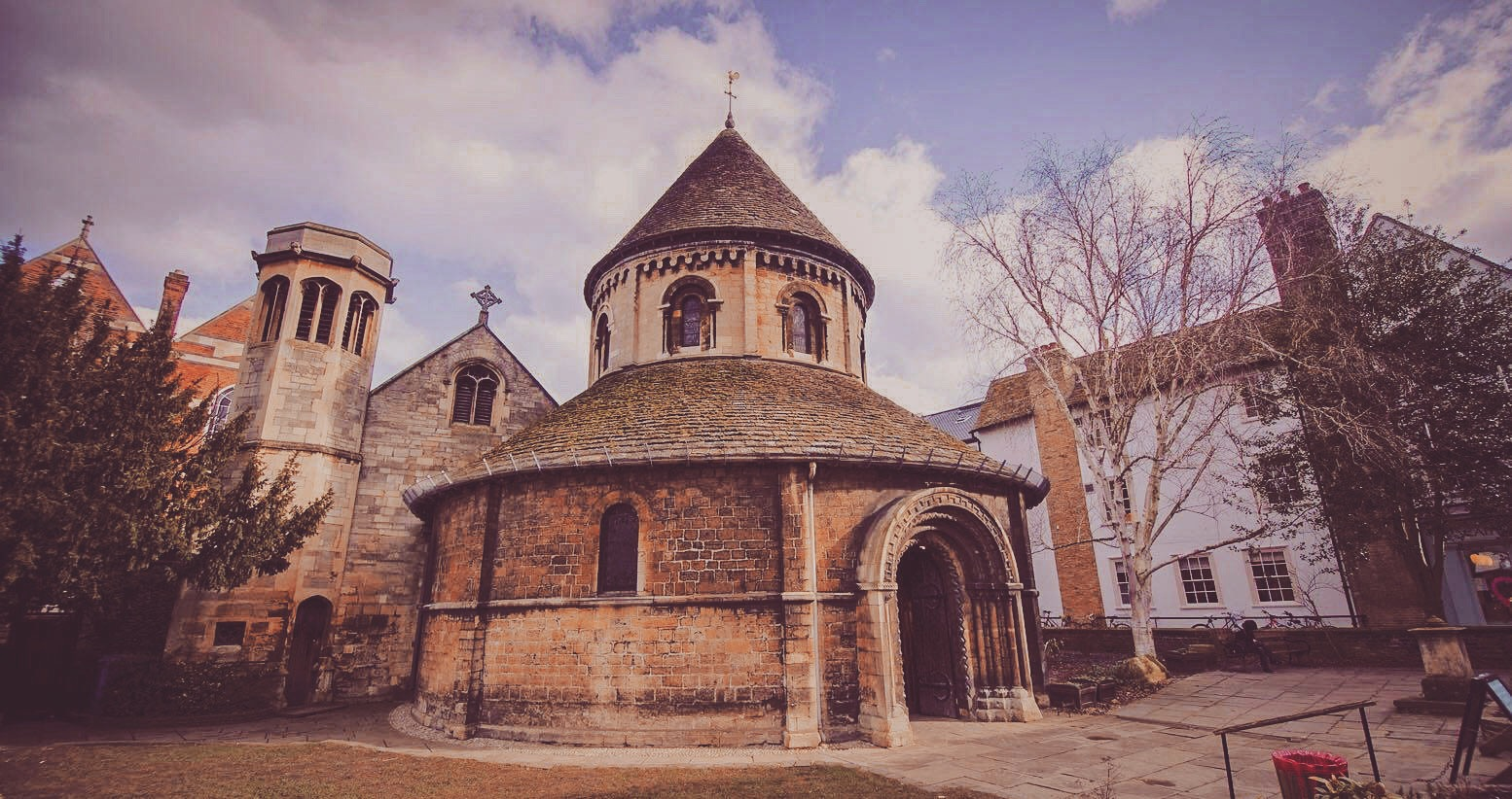 CHURCH OF THE HOLY SEPULCHRE, KNOWN AS THE ROUND CHURCH (1130AD)