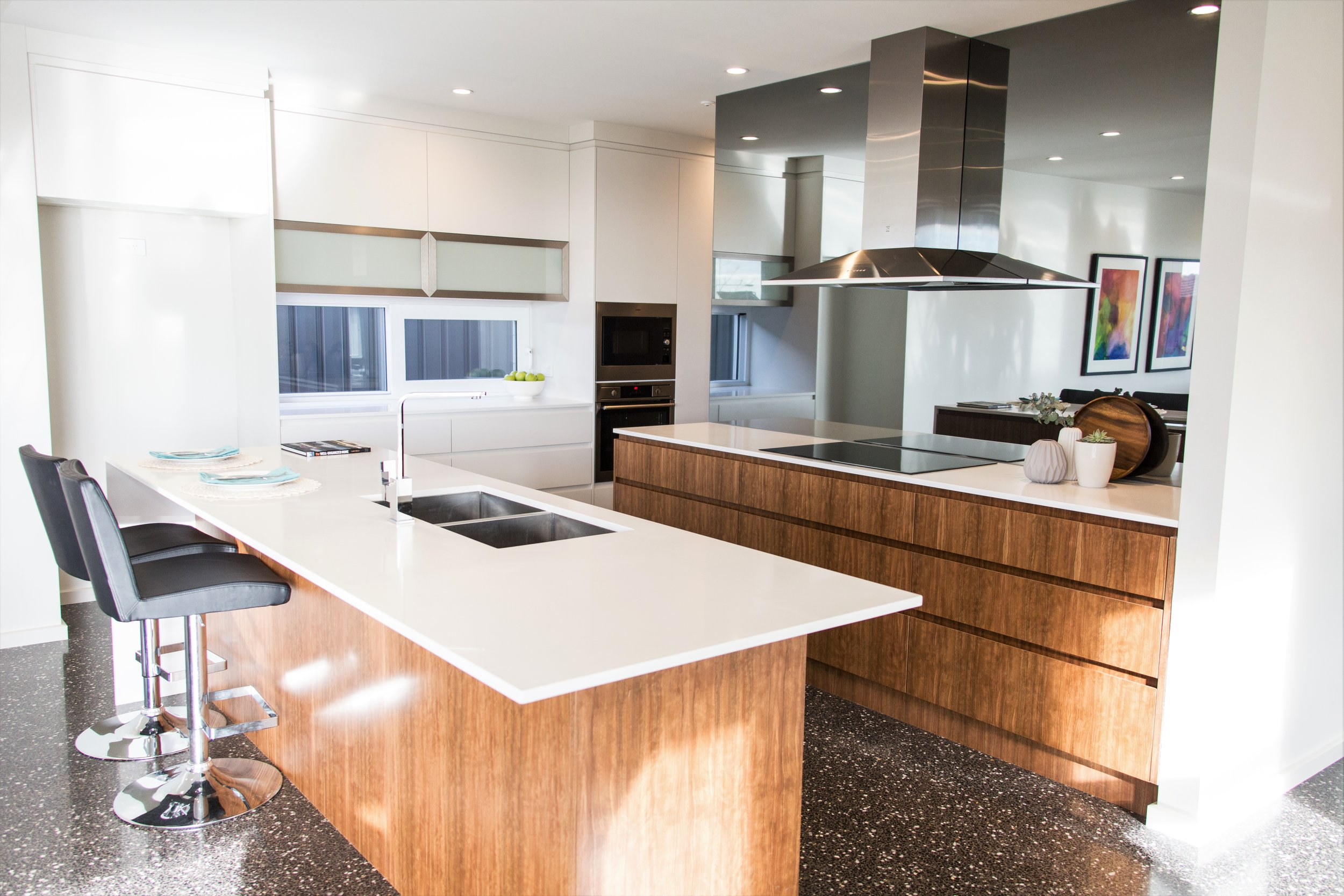 20160707-_C6A6515_iCandy Kitchens, Coombs.jpg