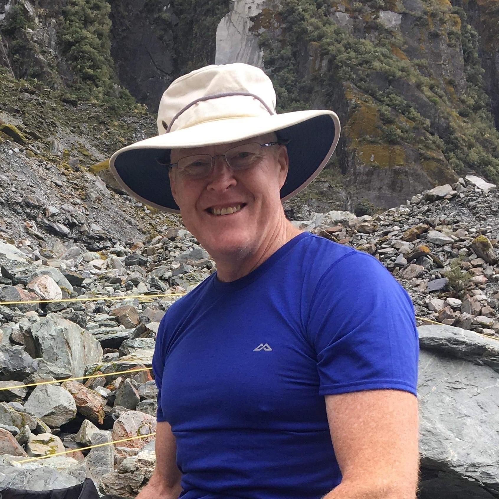 Dr Chris Ryan CSIRO Melbourne, Australia