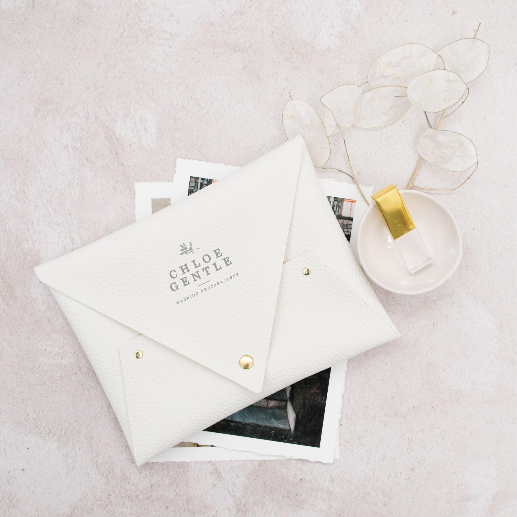Molly_And_Tom_Print_Pouch_White_Grey_Fine_art_Photography_Wedding_Photography_Packaging.jpg