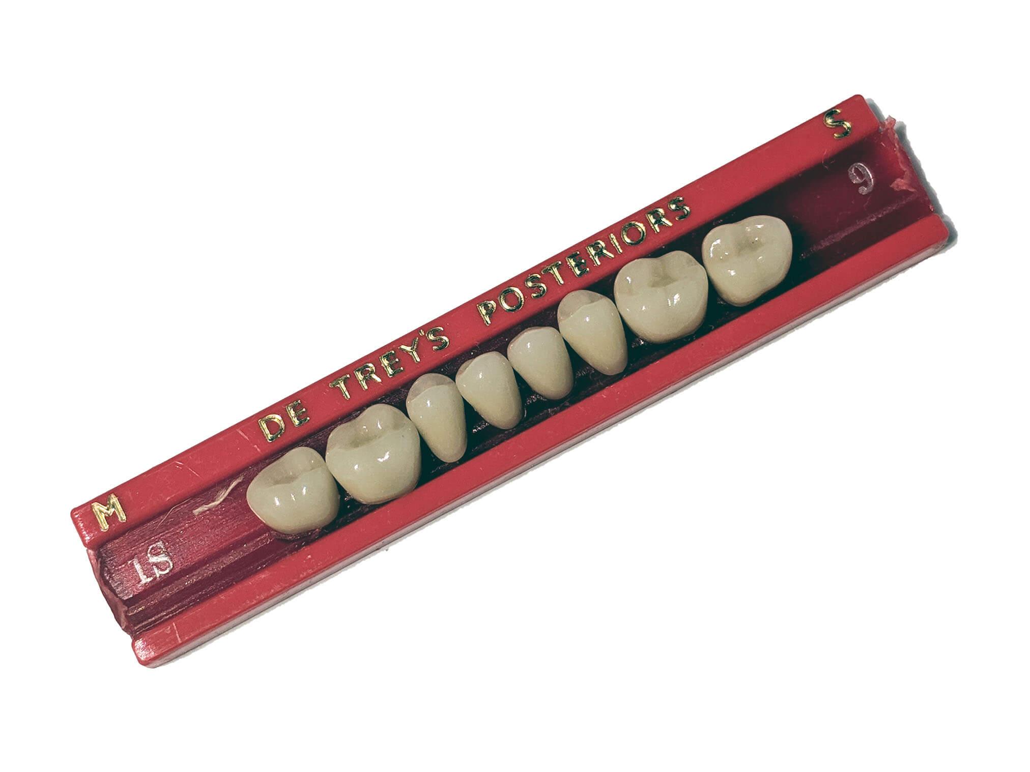 Prosthetic-Teeth (3).jpg