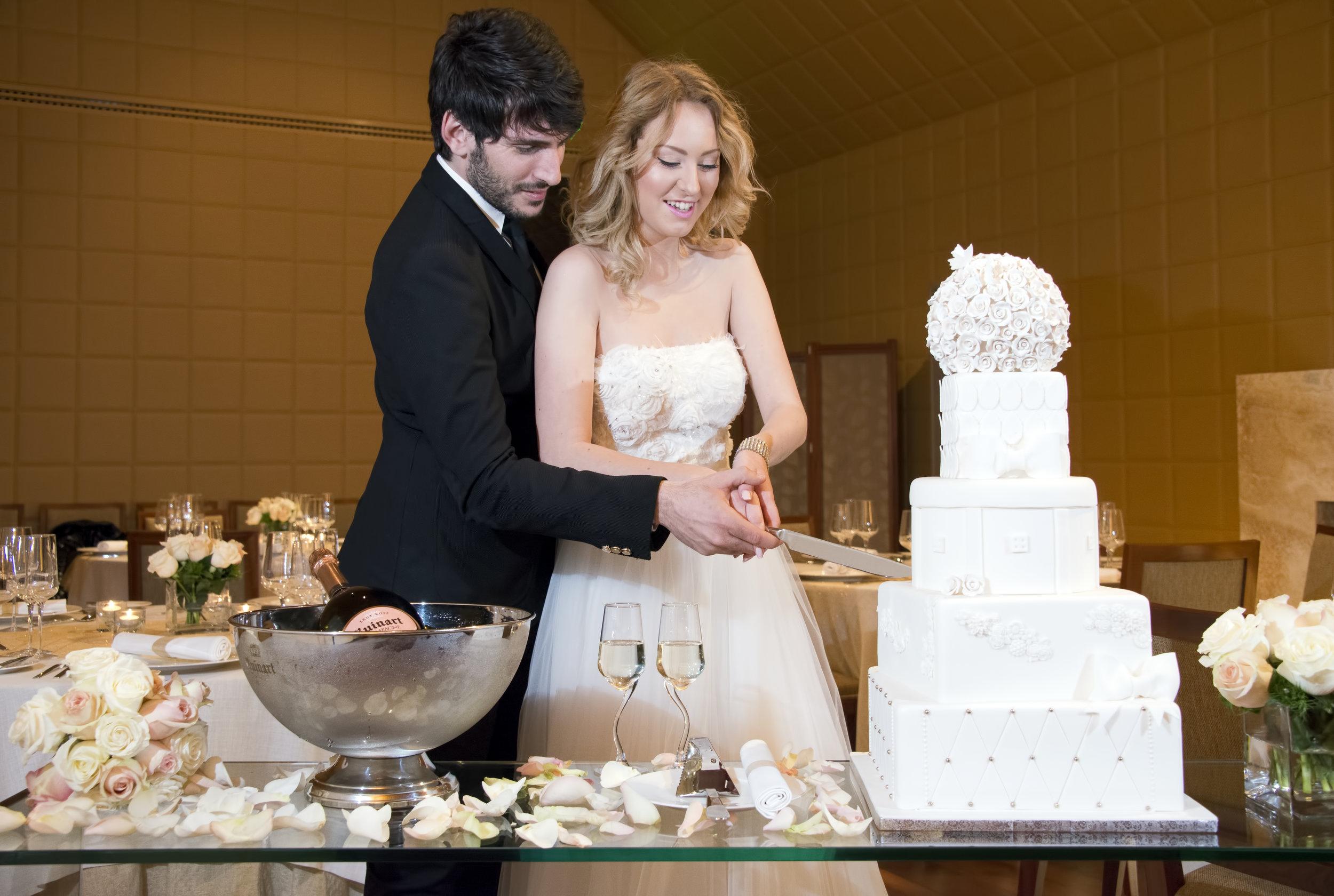 Wedding at Minthis Hills, Cake.jpg