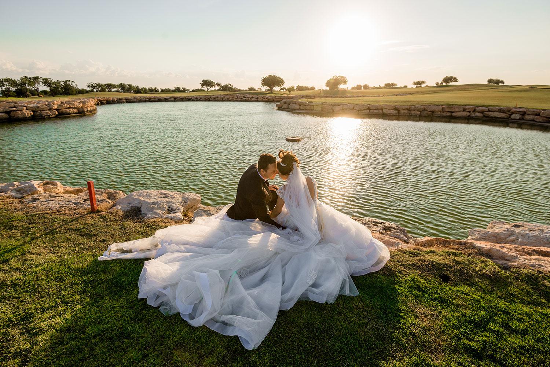 Elea-Estate---Bride-&-groom-at-lake.jpg