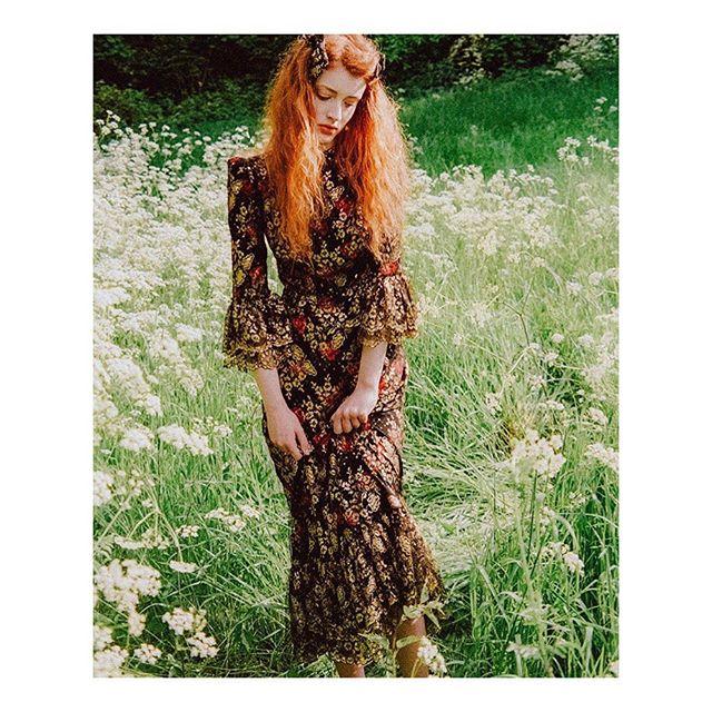Faves by faves 💞 @thevampireswife  @jessieharrislondon  @eponinelondon  @montyhats  @mollygoddard  @geewoodsjewellery  @miista  @decklondon  @rixo  @shrimps  #style #styleblogger #fashion #fashionblogger #favourites #colour #eponinelondon #humansofrixo #rixo #jessieharris #miista #thevampireswife #geewoodsjewellery #mollygoddard #thedecklondon #shrimps #montyhats