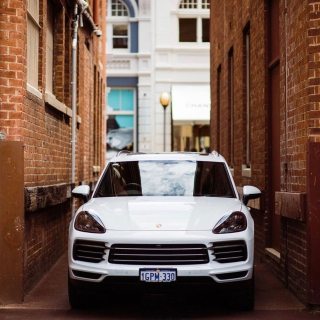 Driving into the week in style with @porschecentreperth. #kingstreetperth