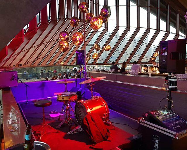 Peak Sydney NYE gig 2018. No amp, just had to lug my bass :) #bass #bassist #bassguitar #musician #gig #sydney #sydnye #nye #newyearseve #operahousesydney #jazz #funk #mtdbass #mtd4lyfe