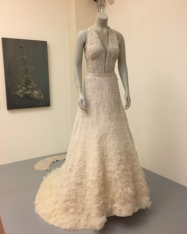 Oh how I love Jan Taminiau! Fantastic. #couture #dutchdesign #beautiful #textileart #voordedraadermee #gorinchem