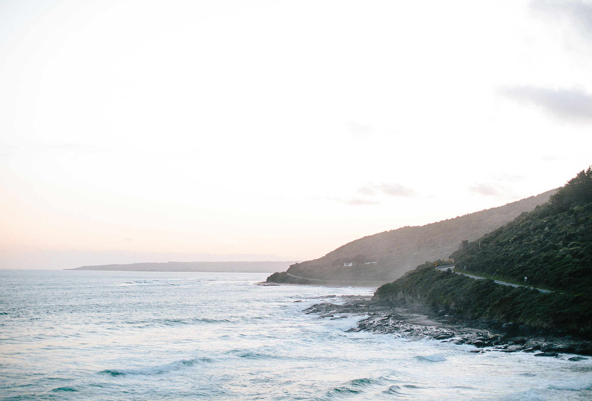 (Wellbeing management - hiking along the Melbourne Coastline, Rich Stapleton)