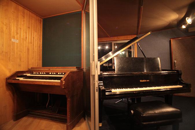 Studio 1 - Photography. Westland Studios. Piano's and Triangle Room.Music. Dublin, Ireland