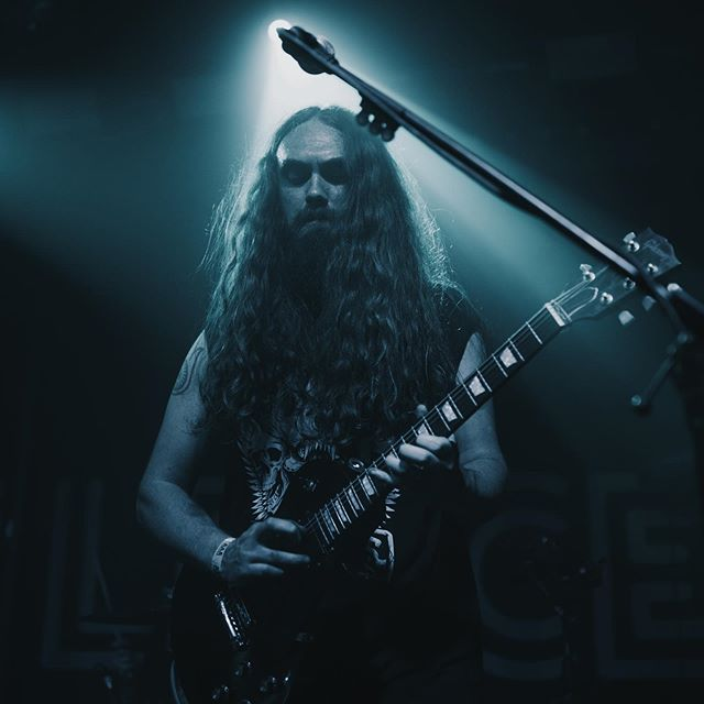 Incredible shot by @glk.media from our launch show @fleecebristol a few Fridays back.. @iain_eccleston looking supremely badass! #metal #itap #bristol #bristol247 #bristollivemusic #hardrock #gigphotographer #guitarist #heavymetal #gibson