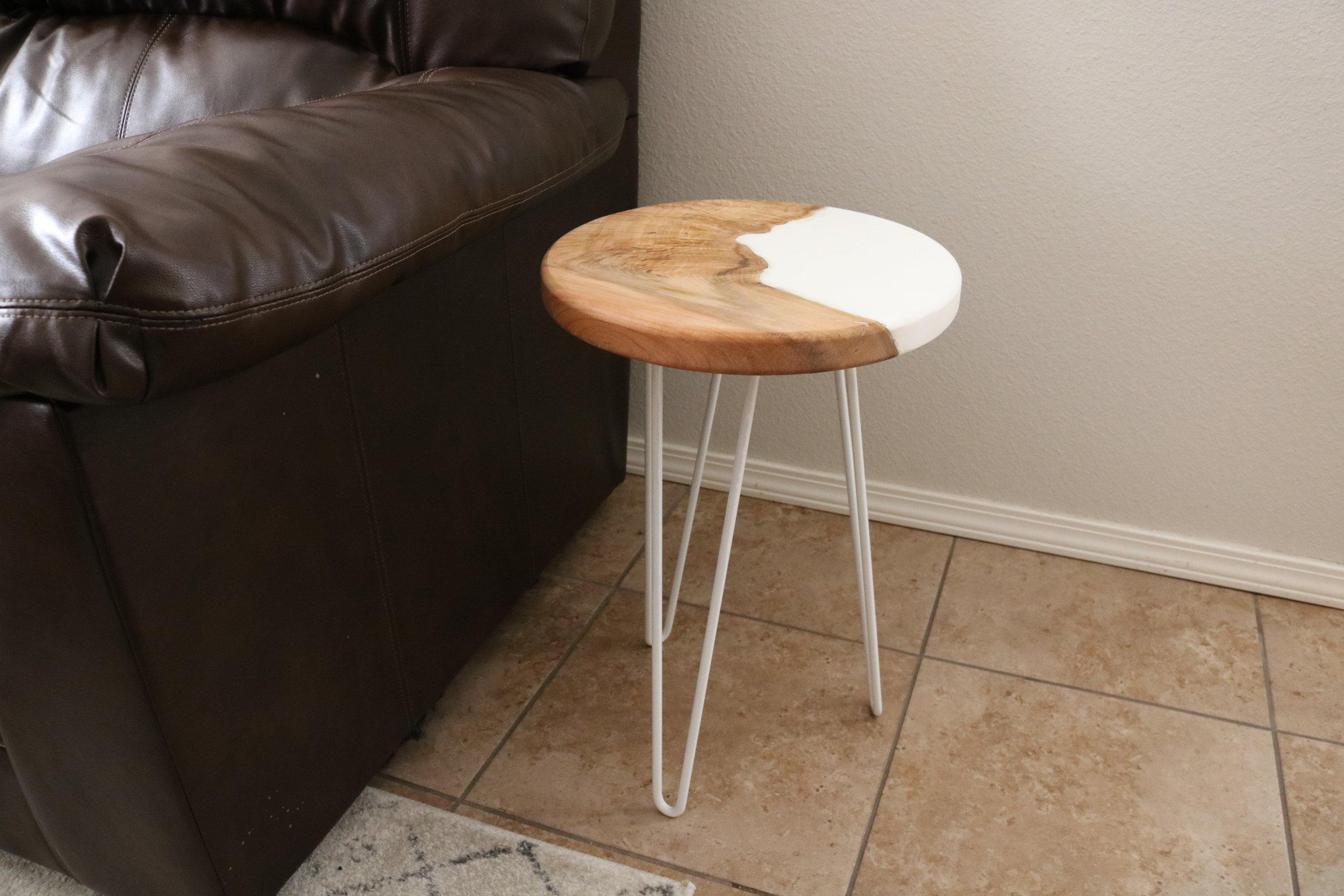 hairpin-legs-end-table.JPG