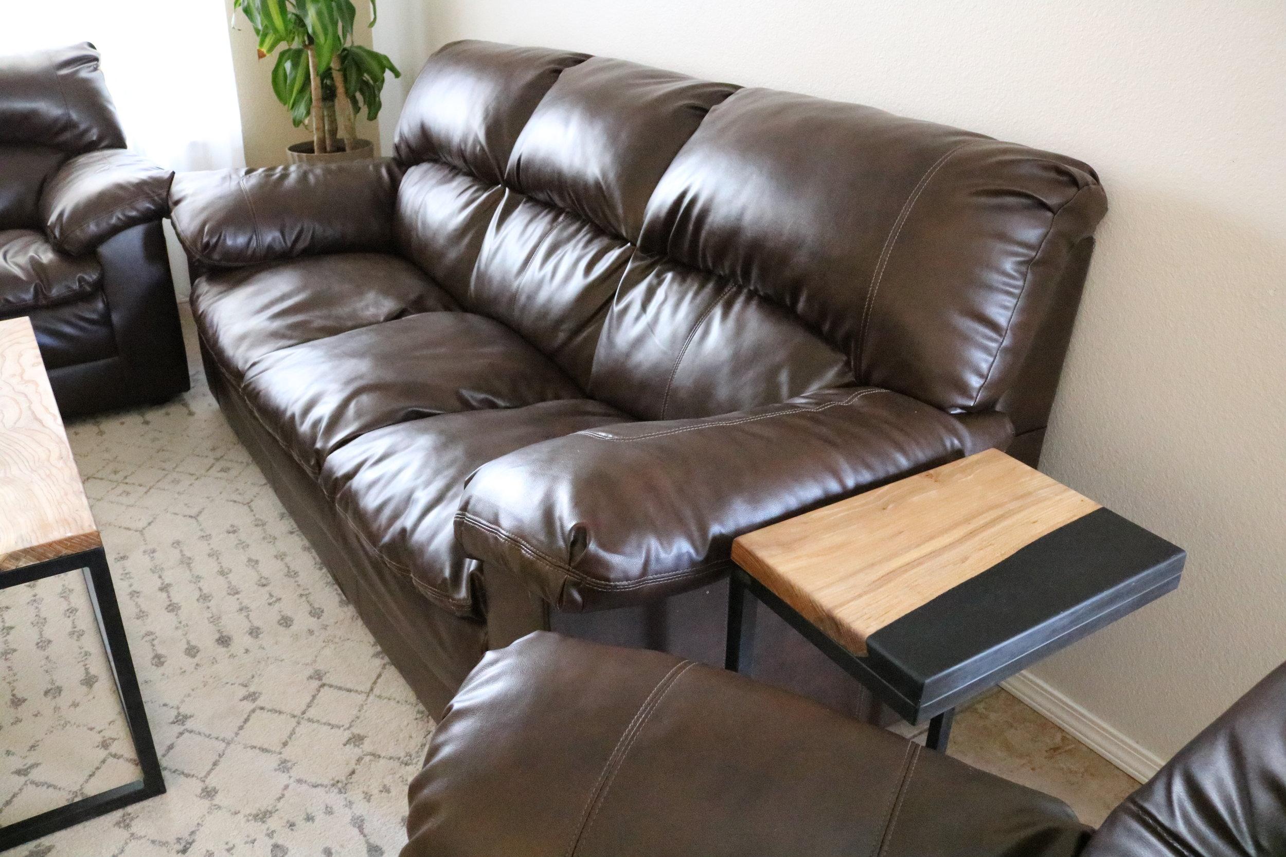 modern-end-table-metal-and-wood.JPG
