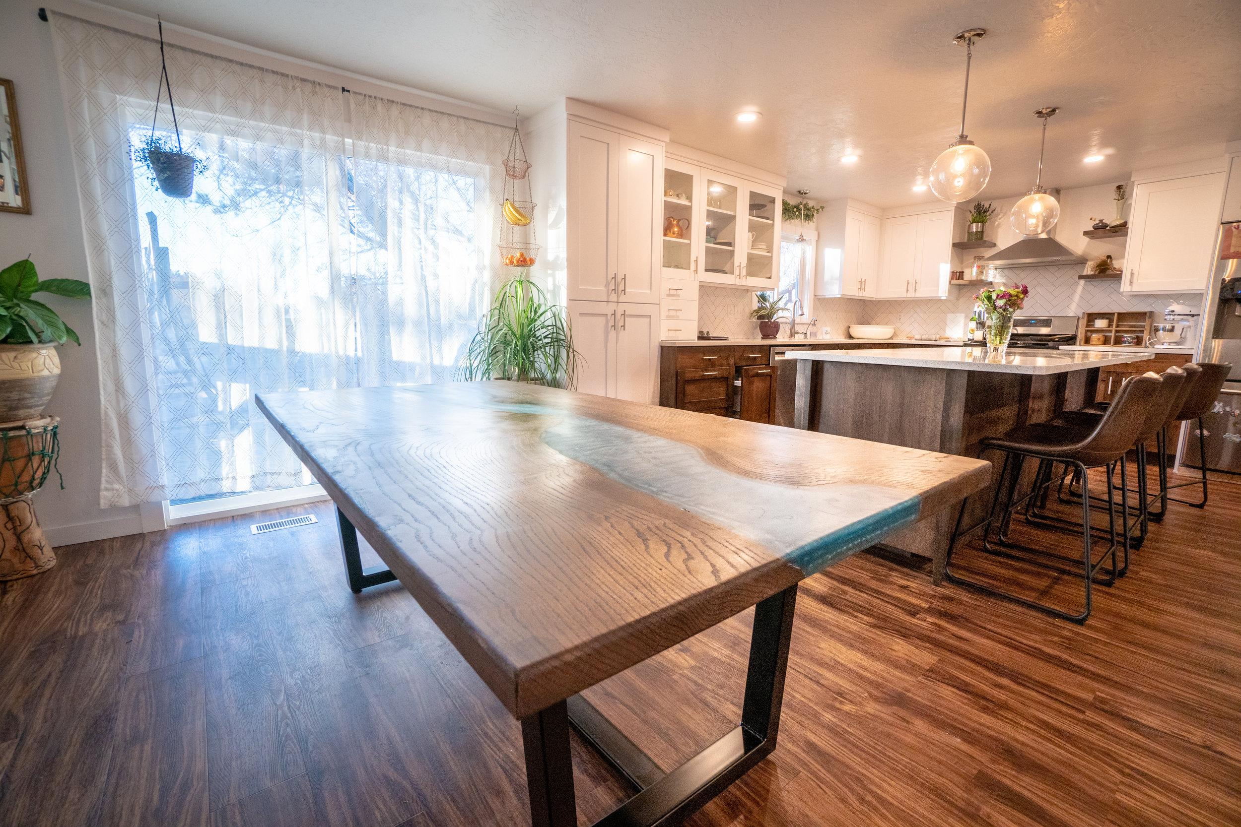 river-table-boise-idaho-custom-woodworking.jpg