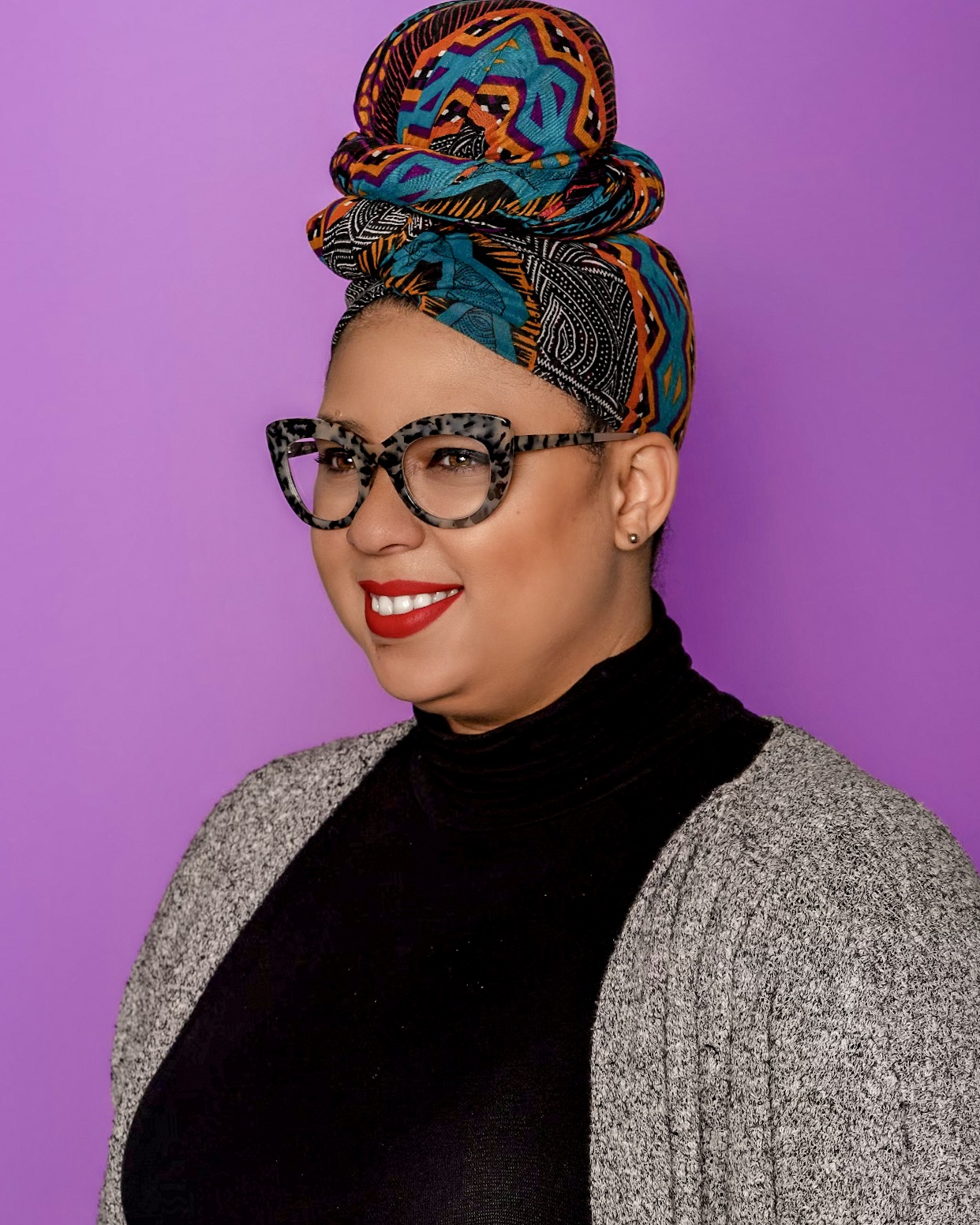 """ALYSHA JANUARY - Blogger at DiscoverCharmCity.comLanding in Baltimore over eight years ago, Alysha January or as most know her, Discover Charm City, has been deep-diving into Baltimore's food, fashion and event scene and highlighting all the things that make this city amazing. """"I just want to help people feel connected to the place they choose to work, live, and play"""". Although not from Baltimore, Alysha credits the city as being the guided hand that has helped develop herself and her business, """"Baltimore has been instrumental in my growth. I don't think I would have been able to flourish the way that I have organically in any other city than Baltimore. Baltimore is such a special place"""". As an influencer and blogger, it is important to Alysha to ensure that she uses her platform to uplift local black artists and businesses, """"I love bragging about my people and all the cool things that black creatives are doing around the city-black excellence is real in Baltimore""""."""