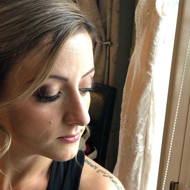 Stunning bridesmaid... * * * * * * * * * #makeup #makeupartist #bride #buffalobrides #buffaloindieweddings #weddingmakeup #bridalmakeup #bridalmakeupartist #naturalbeauty #airbrushmakeup #buffalo #buffalove #wny #freelancemakeupartist #freelance #cosmetics #theknot #weddingwire #buffalowedding #wedding #beauty #styling #natural #makeup #beautiful #weddingday #eventmakeup #specialevent