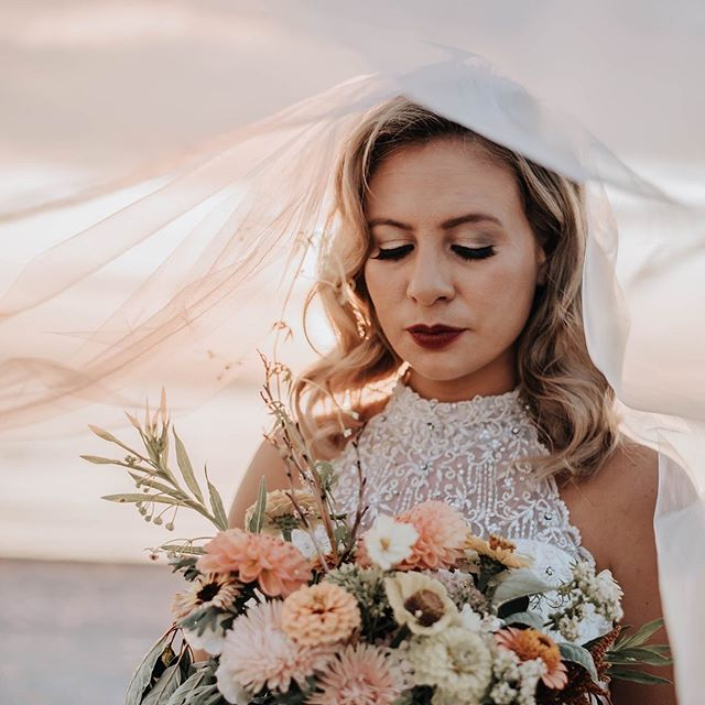 Just can't get over how amazing these photos are!! * * * * * * * Model @colbymae88  Photographer @beehumblephotography  Hair by @marywats926  Makeup by me @makeupartistholly  Floral by @heirloomsoulflorals  @pureorganicssalon