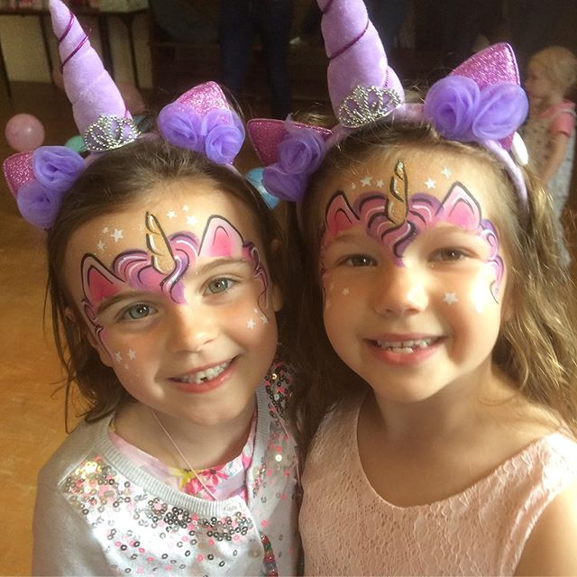 Olivia & Mia had a fabulous unicorn party with all their friends today! 🦄🦄🦄🦄🦄🦄🦄 #unicorn #unicorncake #partytime #themedparties #kidsbirthdayparty #events #fun #facepainter #facepainting #facepaint #birthdayparties #facepaintingparties #facepaintparty #childrensparties #kidsparties #facepaintingworcester #facepaintingworcestershire #nevertoearlytobook #funkyfacesfacepainting #funkyfacesworcs