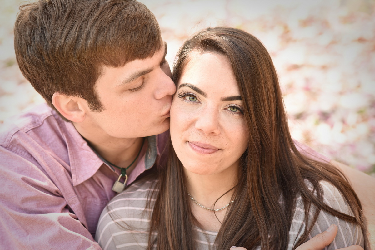 Kerry-Harrison-Photography-Valley-Garden-Engagement-006.jpg