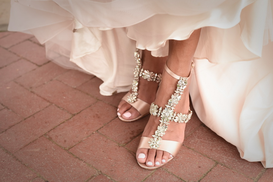 Bridal-shoes-Loews-Hotel-Philadelphia-wedding - 0020.jpg