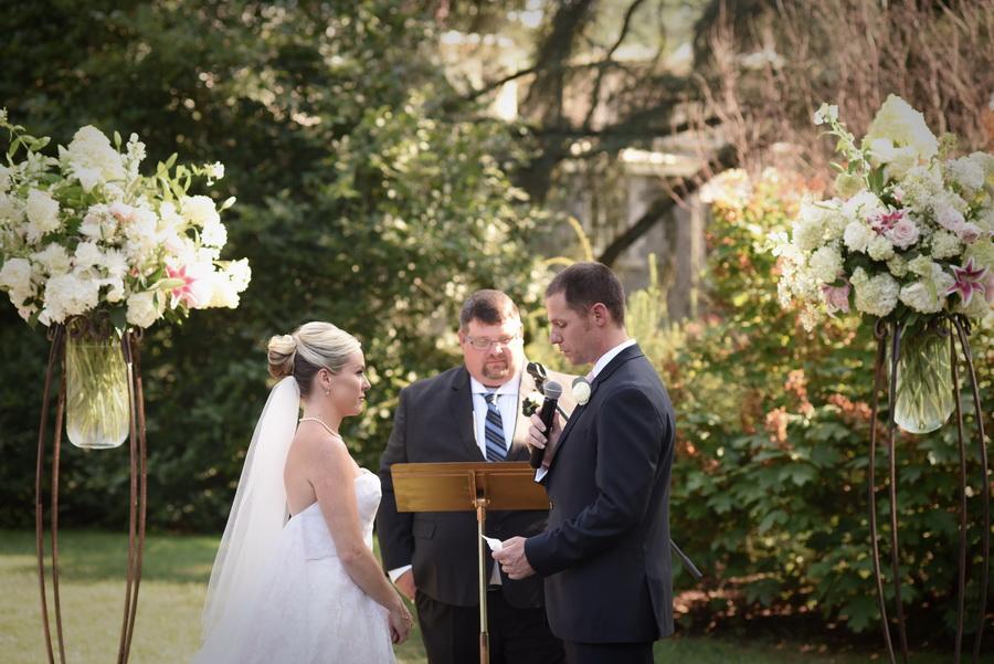 Rockwood-Carriage-House-Wedding - 0028.jpg