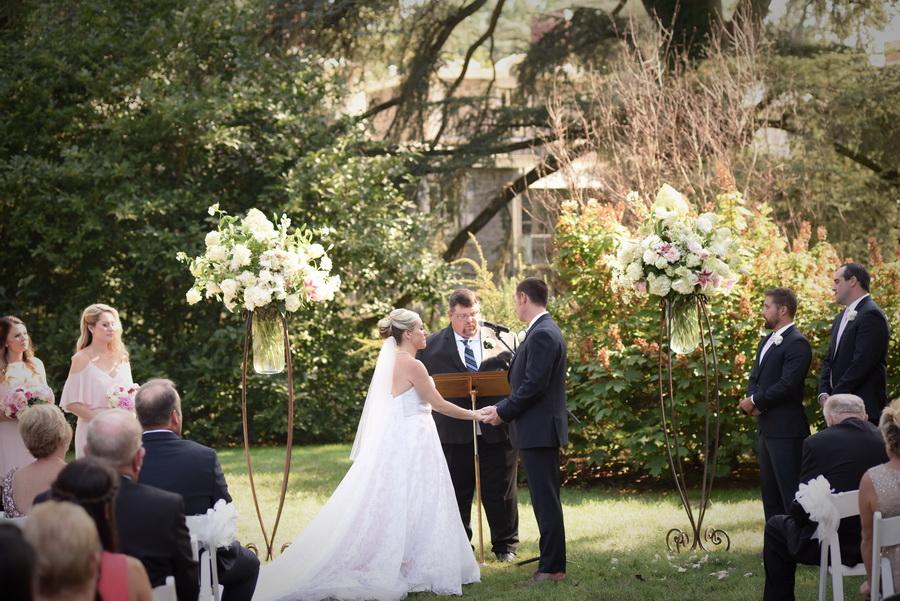 Rockwood-Carriage-House-Wedding - 0029.jpg