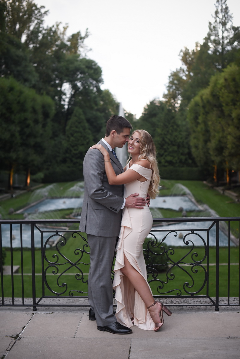 Longwood-gardens-summer-engagement-001.JPG