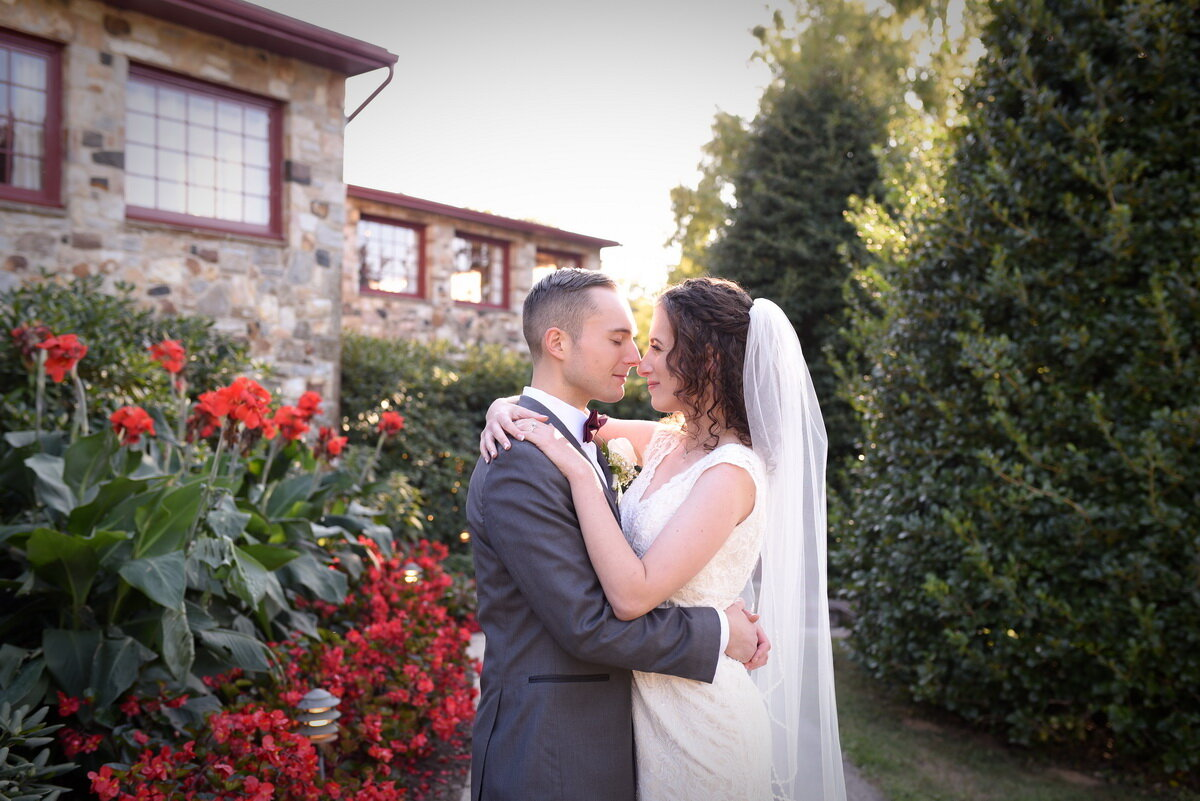 bride-and-groom-the-stone-barn-kennett-square -wedding