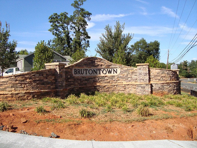 Brutontown 1.jpg