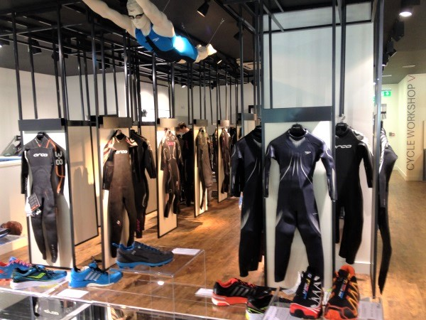 Store design to maximise display of specialist items