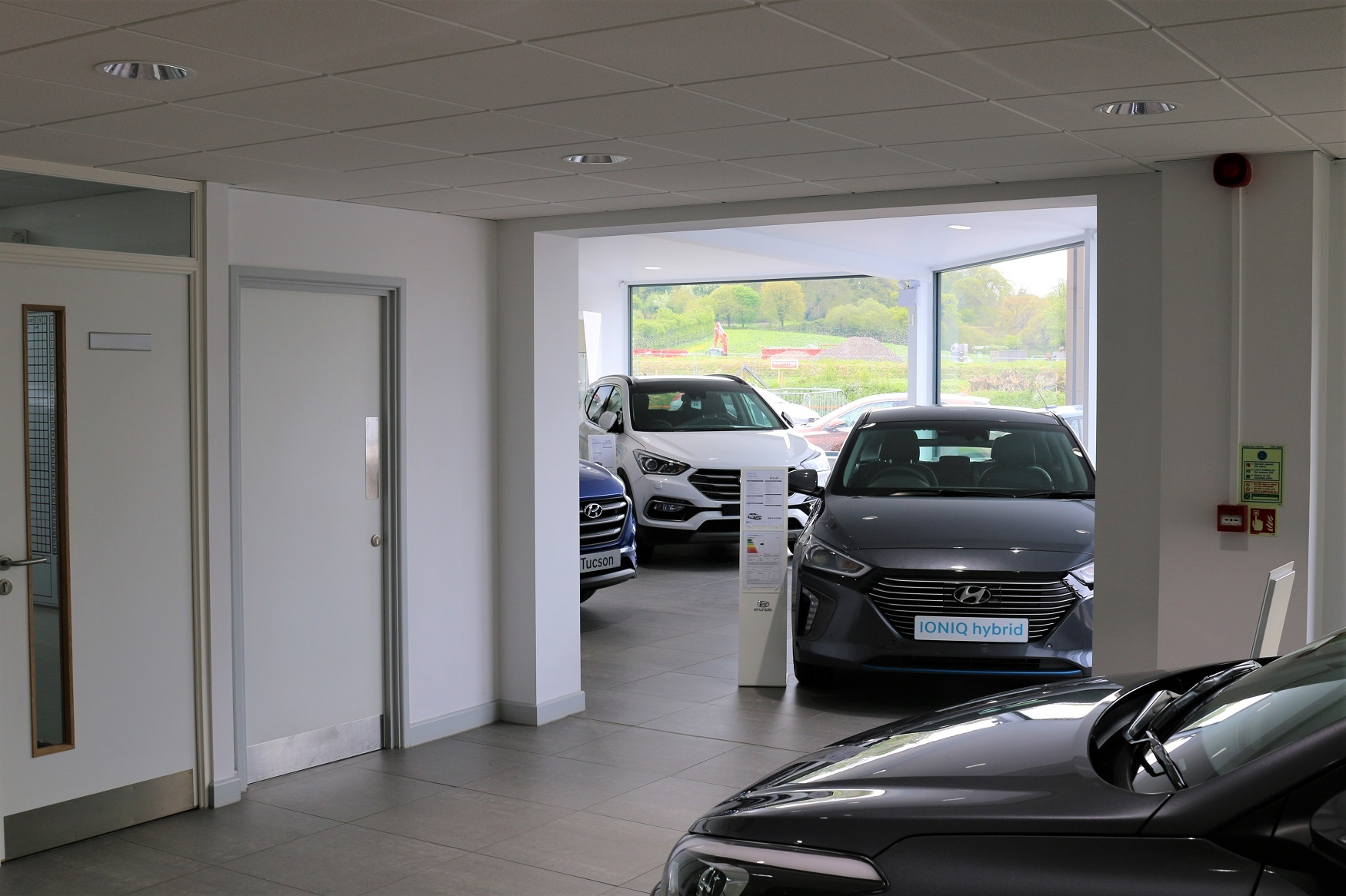 Maximise use of space throughout showroom
