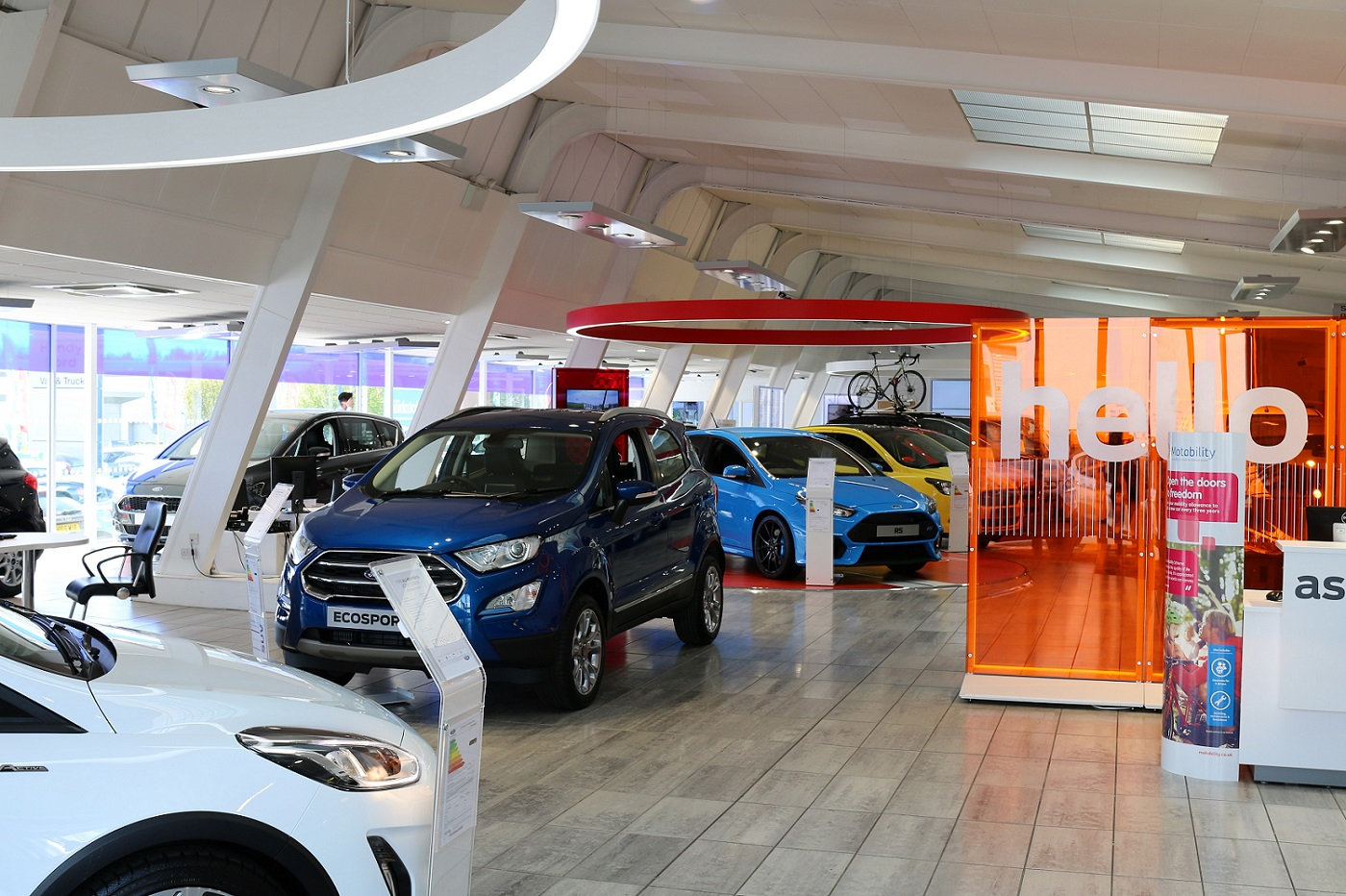 Ford car showroom extension