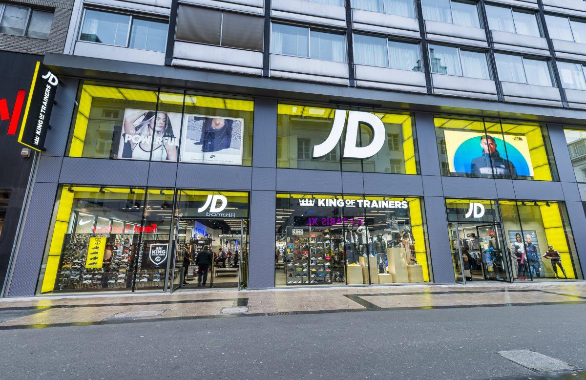Large format glass shopfront